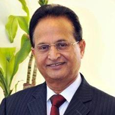 Dr. Abdul Waheed Khan, Crowdmark Advisor